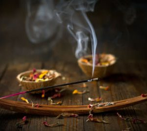 Illatos füstölők